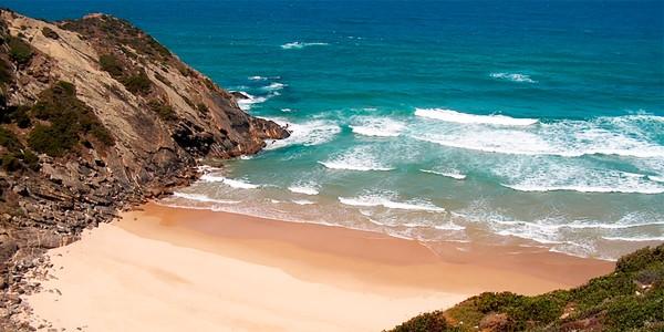 Пляж Адегаш