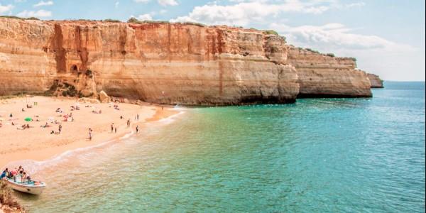 Пляж Бенажил