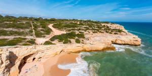 Пляж Карвалю