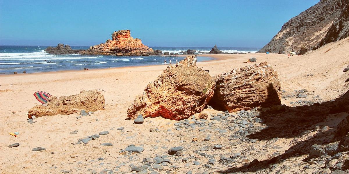 Пляж Кастележу