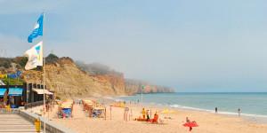 Пляж Порту де Мош
