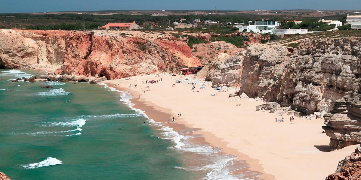 Пляж Тунел