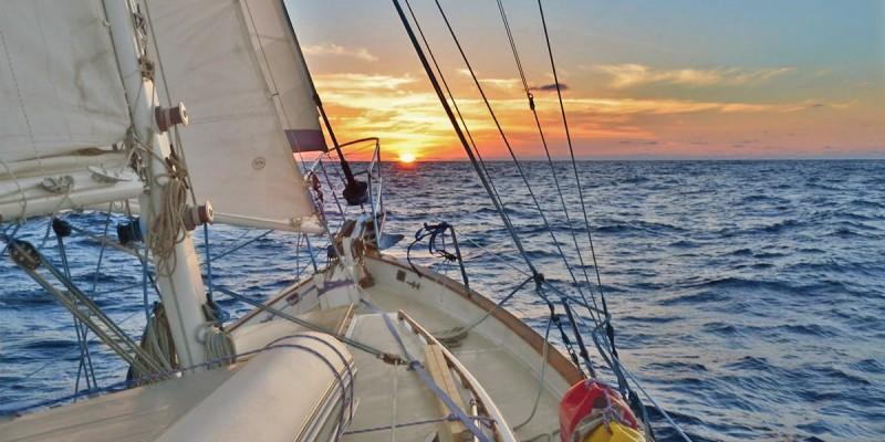 Отпуск на яхте. Что такое яхтинг? Курс молодого бойца