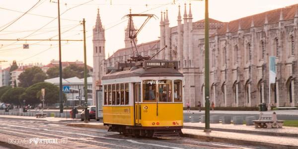 15 трамвай в Лиссабоне